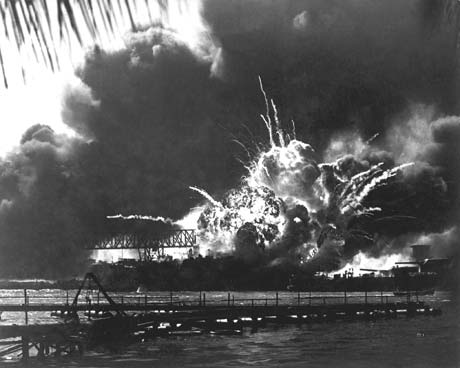 Destroyer USS Shaw explodes, 7 DEC 1941